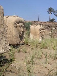 メンフィスのハトホル神殿跡