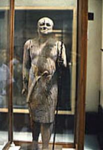 カーアペルの像2